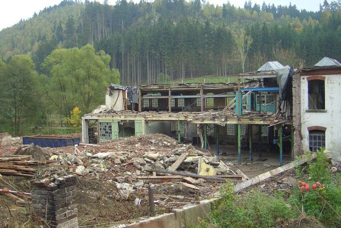 2008: Teilabriss der Papierfabrik