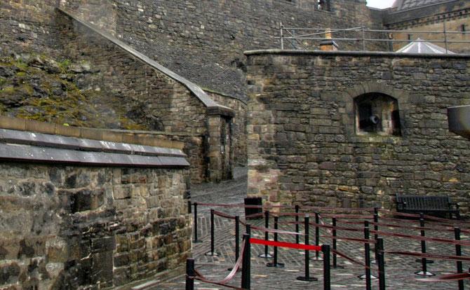 Edinburgh Castle an einem trüben Tag