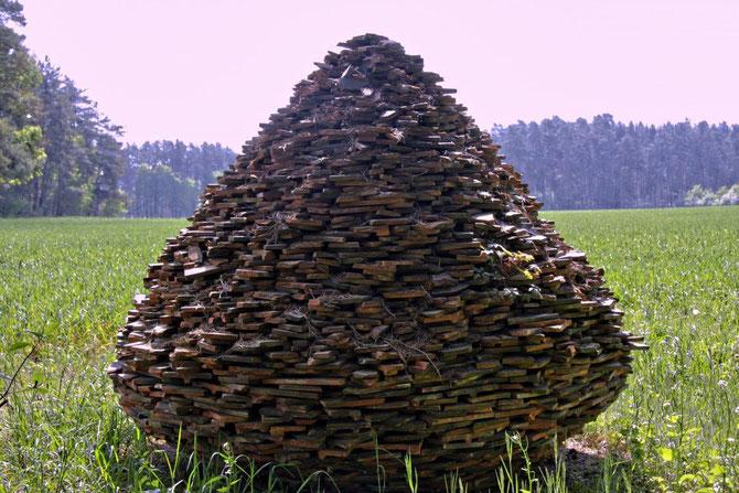 Ziegelpyramide, Idee und Ausführung: Udo Gundel, Abenberg