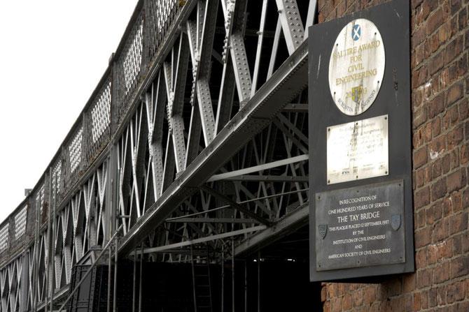 Brücke am Tay, 100 Jahre Bauwerkunterhaltung  nach dem tragischen Unglück vom 28. Dezember 1879, s. Theodor Fontane