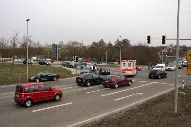 Unfall am Hohenzollernring in Ansbach am 08.04.2013 um 16:19