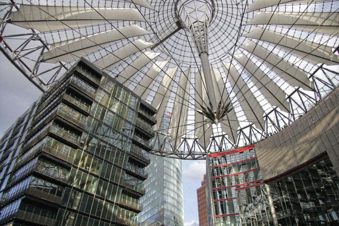Urbanes Designe, Sony Center Berlin, Gewinner Fotowettbewerb Anglet Frankreich