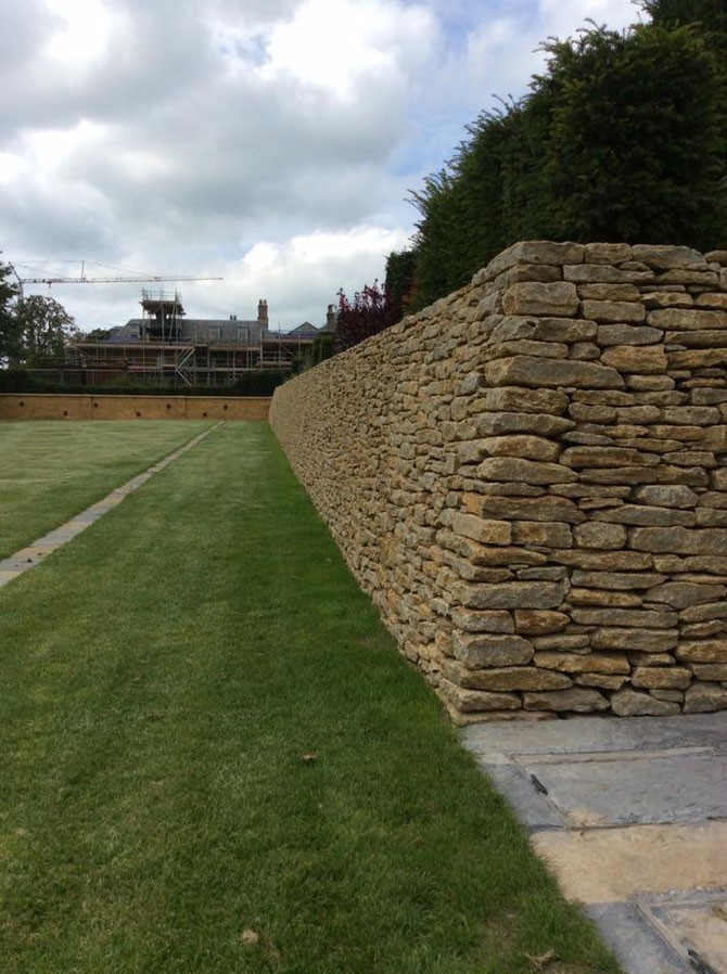 Stone walling - creating structure