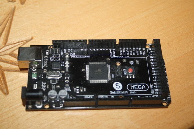 Arduino Mega 2560 R3 Clone der Firma SainSmart