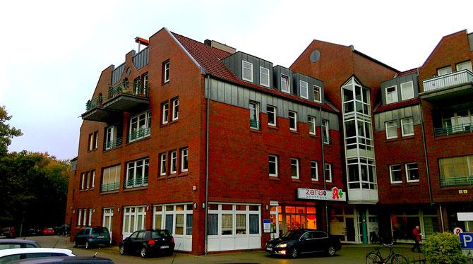 Das Brücke-Projekt Wildeshausen sitzt im Haus am Hutewehr (Mühlendamm 1) in Wildeshausen in der 1. Etage.