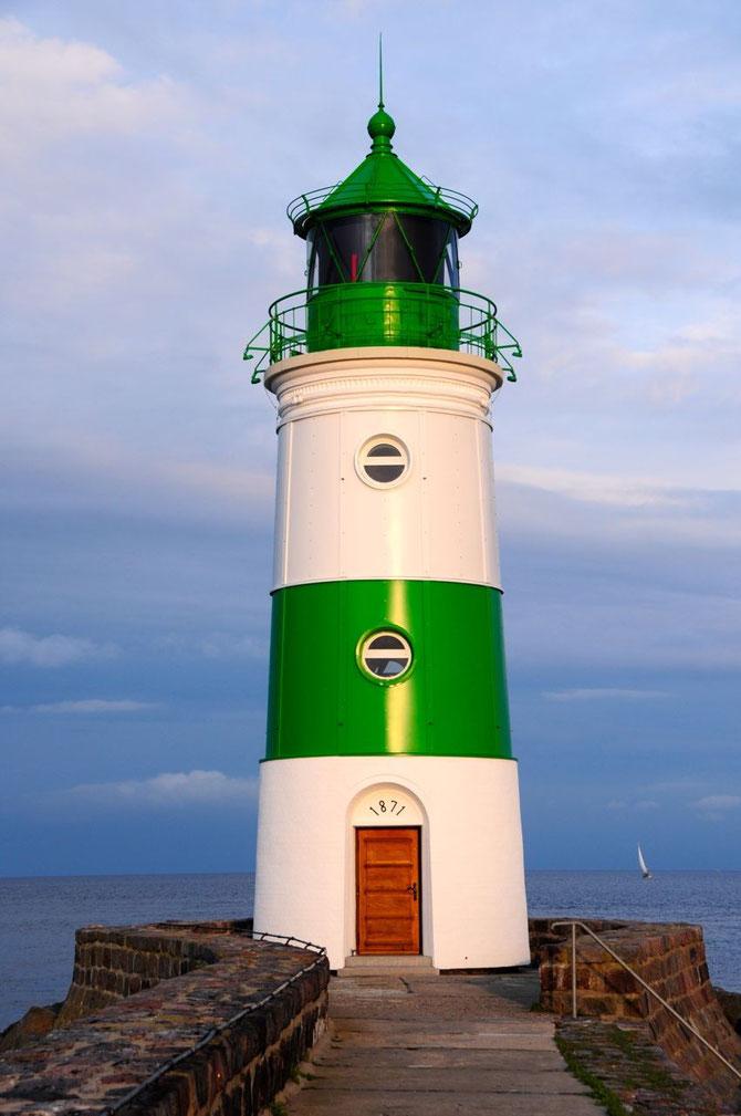 Leuchtturm Schleimünde nach Restaurierung wieder in grün weiß