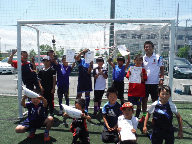 サッカー大会  5/31小学生  低学年、高学年の部  同時優勝