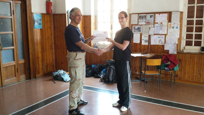 Übergabe der Lehrerlaubnis für Genuesische Kampfkünste durch Maestro Claudio Parodi