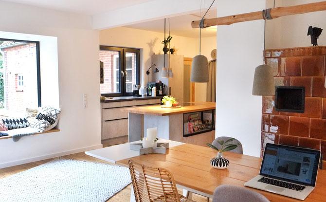 Lybstes Haus: Planung und Umbau unserer Küche in Holz und Betonoptik, Interiordesign Kitchen