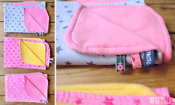 Babydecke bunte Sterne von Lybstes. für die Willkommenset-Aktion / Flüchtlingshilfe / Rosa & Pink für Mädchen