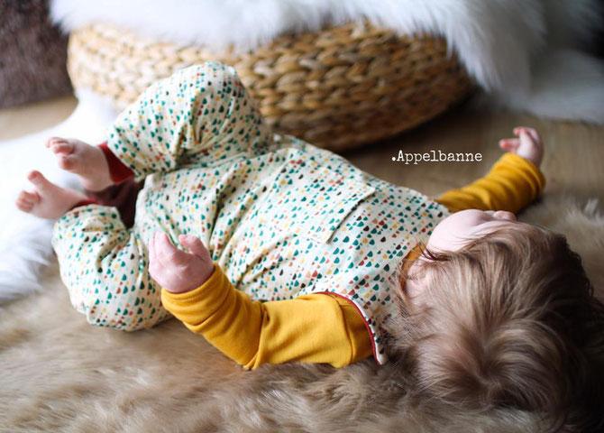 """LYBSTES. FREEBOOK! Gratis-Schnittmuster für Babys - Strampler """"Jolly Romper"""" nähen"""