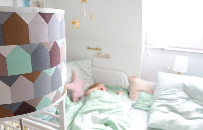 Lybstes. Babybettdecke Bettbezug selber nähen, Decken Freebook, Mint mit Sternenapplikation