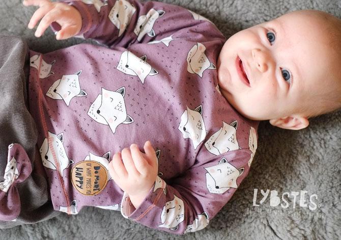 Lybstes Freebook Babyshirt oder Puppenshirt, Gr. 56 und Gr. 62 Gratis Schnittmuster fürs Baby!