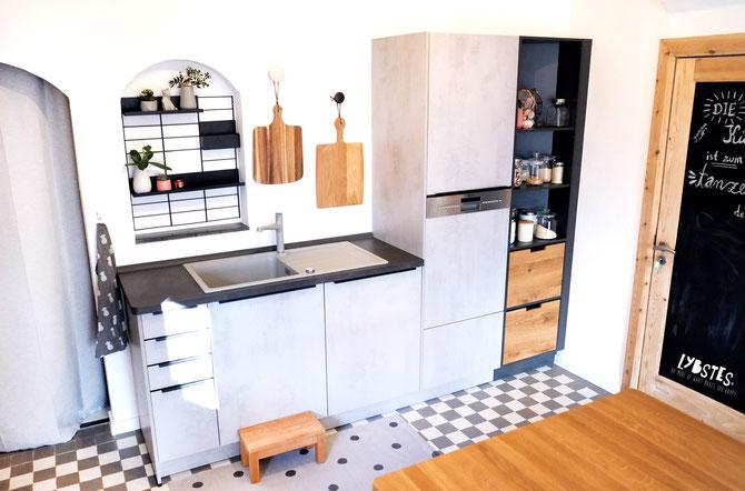 unser haus planung und umbau der k che lybstes. Black Bedroom Furniture Sets. Home Design Ideas