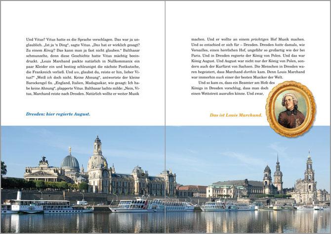 Man sieht eine Doppelseite in der Bach-Biografie für Kinder. Obere Hälfte ist Text. Die untere Hälfte ist das optimale Bild von Dresden über die Elbe, rechts im historischen Rahmen sieht man Marchand. In der Bildmitte sind zwei Hinweise zu den Bildern.