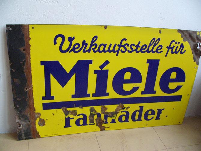 Aussenwerbung beidseitig emaliert, 50x80cm, Einschusslöcher aus dem 2.Weltkrieg