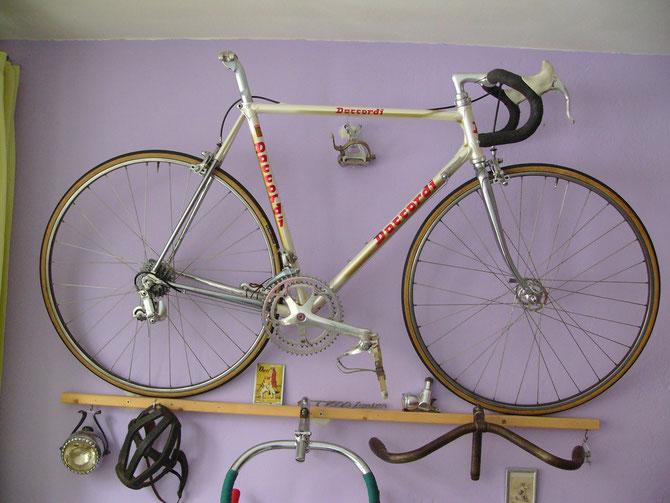 Daccordi 80er Jahre,Colore champagner Rh 55cmMit Campagnolo C-record u.Cobalto Bremsen