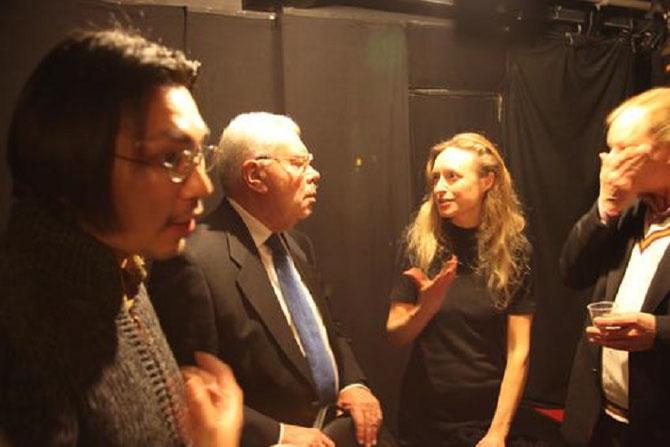 """JANVIER 2011. THEÂTRE AIRE FALGUIERE 75015 PARIS.  g. à dte. SEI SHIOMI METTEUR EN SCENE, REGIS BOYER, HELENA DUBIEL-LORENZEN ADAPTATRICE DE """" KRISTIN LAVRANSDATTER, LA ROSE DU NORD"""" de SIGRID UNDSET PREMIERE LAUREATE DU PRIX NOBEL DE LITTERATURE 1928"""