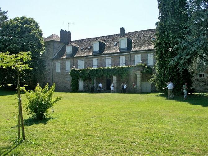 DOMAINE DE LA PERCHE à CHABRIGNAC, dans le Limousin, en Corrèze.