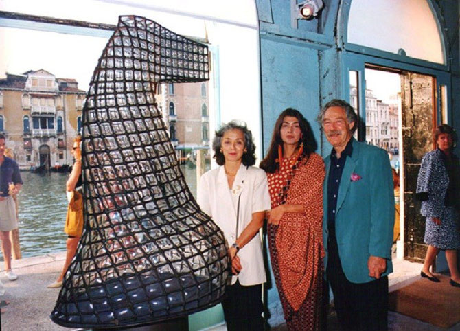 VENISE 9 JUIN 1993. BEN ET YANNICK ENTOURENT ELEONORA GARDINI.