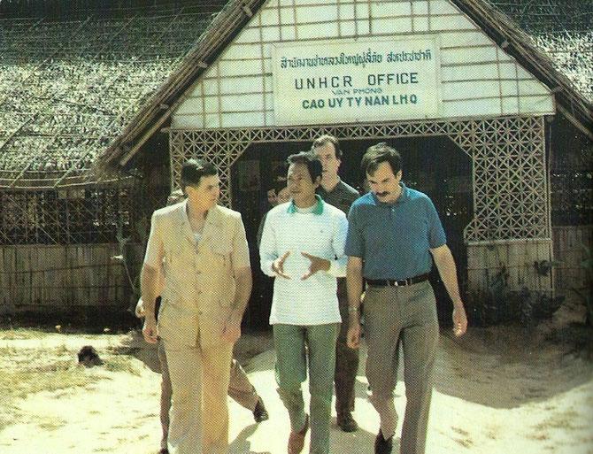 THAILANDE. 1988. Camp de réfugiés de Ban Thad. Photo extraite du Livre de Giao.