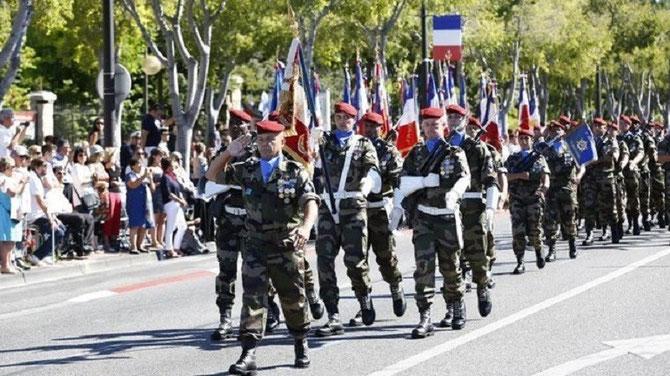 14 JUILLET 2014. DEFILE MENE PAR LE COMMANDANT Jean-Philippe BERTOGLI DE LA BASE DE DEFENSE MARSEILLE-AUBAGNE.