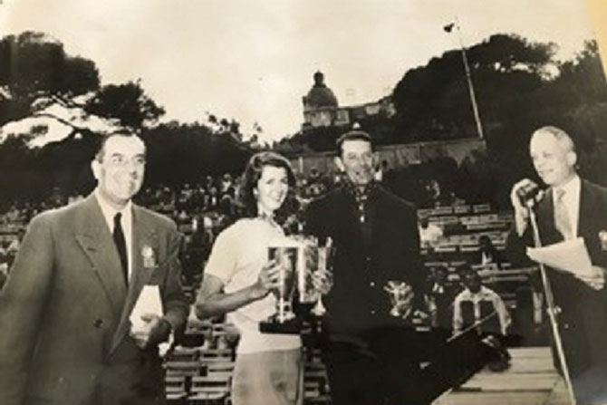 TOUR DE FRANCE AUTOMOBILE 1953. LORRAINE AVEC LES TROPHEES