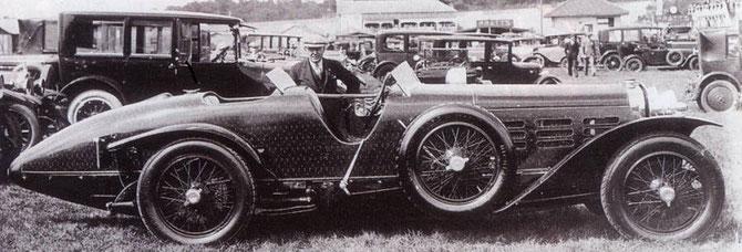 1924. HISPANO SUIZA H6C 46CV . TULIPWOOD. Carrossé par  NIEUPORT en lamelles de bois.