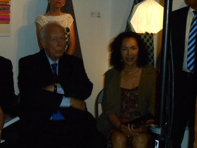 M. Jean-Claude GAUDIN et S.Exc. Mlle Monique QUESADA, CONSUL GENERAL DES ETATS-UNIS , UNE IMAGE GLAMOUR, MULTICULTURELLE et GENEREUSE D'UNE AMERIQUE QUE J'AIME.