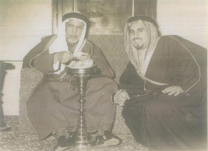 S.A. L'EMIR JABER III AL  AHMAD (1926-2006)  AVEC S.A. L'EMIR ABDULLAH III AL SALEM ( 1895-1965)