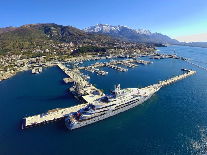 PORTO  MONTENEGRO - TIVAT; la Marina et le Lido