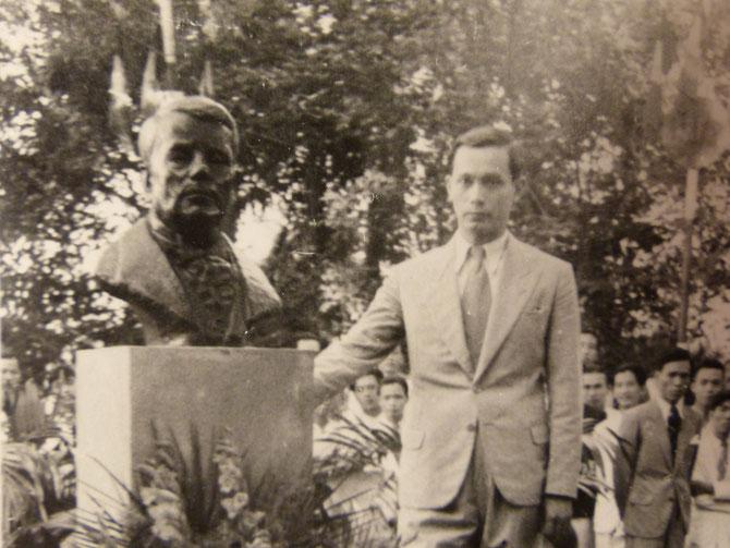 1938. INAUGURATION DU BUSTE DE VICTOR TARDIEU. SCULPTURE DE GEORGES KHANH. C* NGÔ KIM-KHÔI
