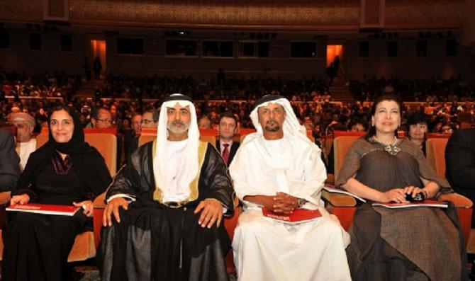 ABU DHABI 6 JANV.2011. FESTIVAL SOUS LA PRESIDENCE DE S. EXC. SHEIKH NAHYAN BIN MUBARAK AL NAHYAN, MINISTRE DE LA CULTURE et DU DEVELOPPEMENT DES CONNAISSANCES.