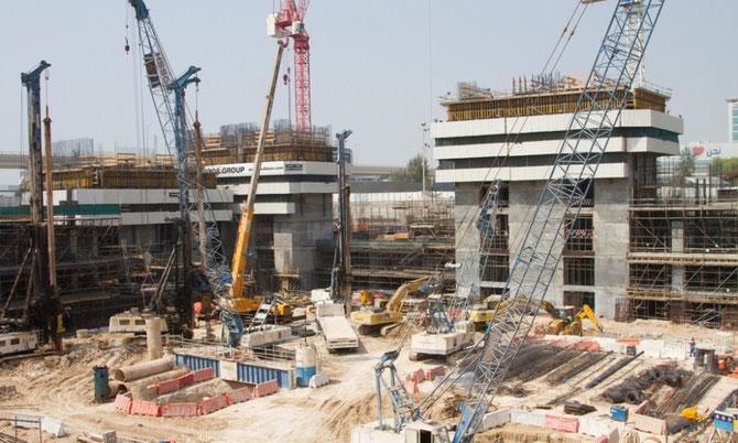 CONSTRUCTION DU THEÂTRE D'EAU, COMME à LAS VEGAS