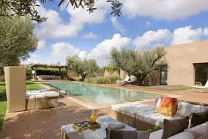 Les superbes villas de Beachcomber Hotels pilotés par Adalbert à Marrakech face à l'Atlas