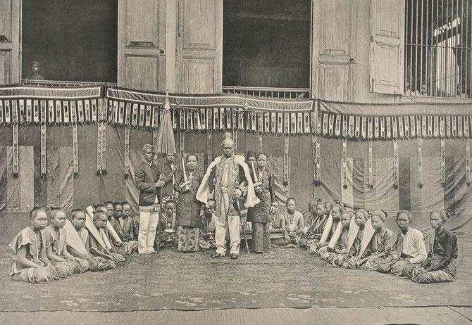 SULTAN AJI MUHAMMAD SULAIMAN (1850-1899) et LES FEMMES DE SA VIE......