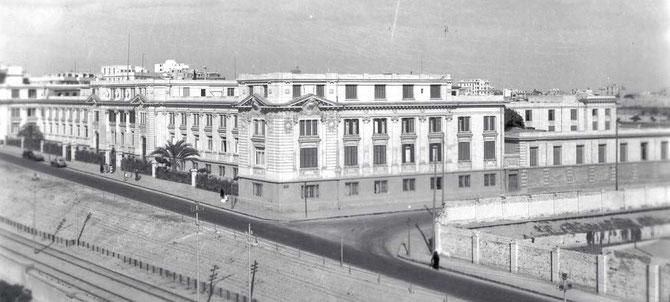 """CHATBY 1940. LYCEE FRANCAIS DE LA MISSION LAÏQUE FRANCAISE. DEVENU LYCEE """"EL-HORREYA"""" (LA LIBERTE) VERS 1957 IL FUT FERME EN 1961 APRES L'AFFAIRE DES 2 DIPLOMATES FRANCAIS ACCUSES D'ESPIONNAGE."""