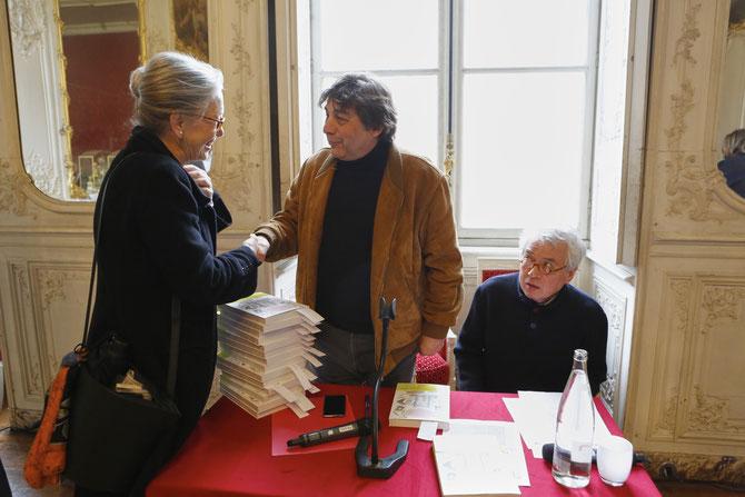 g. à dte. : Hélène MACE de LEPINAY, Franck MAUBERT, Pierre LE-TAN.  ....C* J - Philippe METSERS