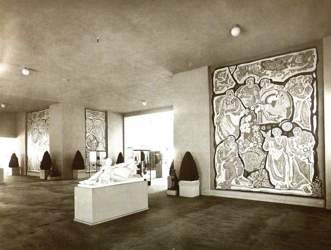 1937. SALON D'HONNEUR DU PALAIS DES DECORATEURS.. GRANDS PANNEAUX REALISES PAR ALFRED LOMBARD.