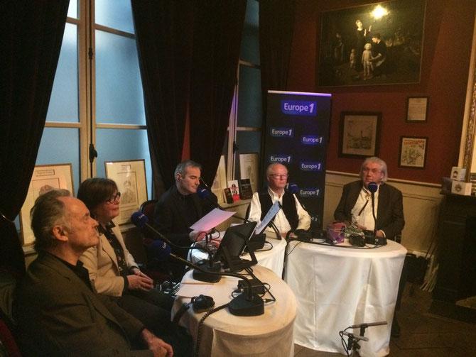 g. à dte. Jean -Claude CASADESUS, Vera DUPUIS, Franck FERRAND, L'INFATIGABLE PAUL-HENRI G., et François CHLADIUK