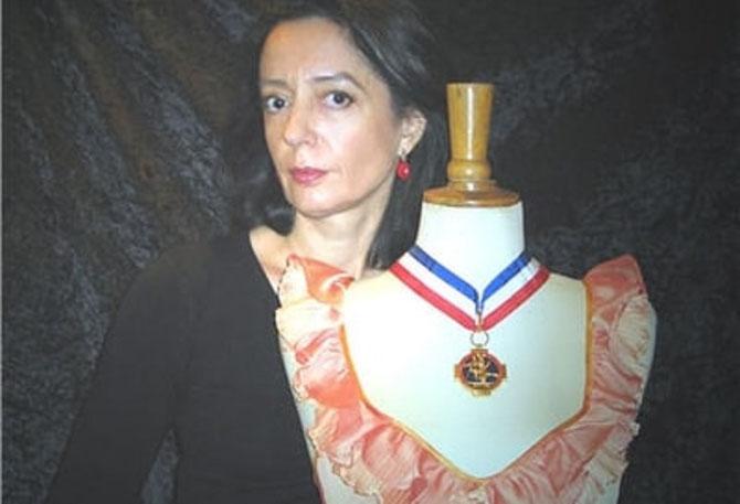 C* AURORE GUILLOT, ARTISAN D'ART, MEILLEUR OUVRIER DE FRANCE en LINGERIE.