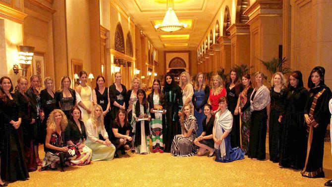 ABU DHABI EQUESTRIAN CLUB. FEVRIER 2013. WORLD FESTIVAL FOR PUREBRED ARABIAN HORSES. C*  DATUK PETER SOMBOONCHAROEN, AVEC NOS COMPLIMENTS.