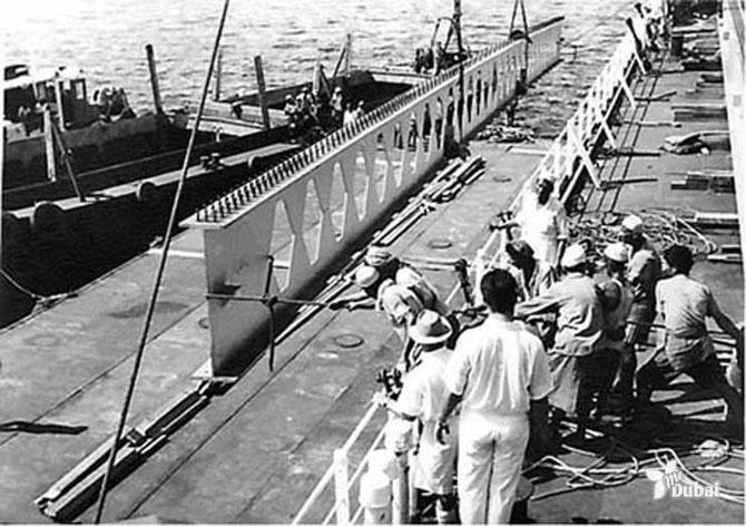 1960. CONSTRUCTION DU PONT RACHID
