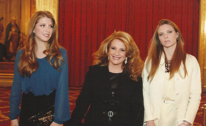 LEILA  SOLH HAMADE avec ses 2 filles MAYA et HAYA pédiâtre diplômée de Cleveland.