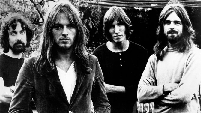 1965 LES PINK FLOYD. g. à dte. Nick MASON (1944), David GILMOUR (1946), Roger WATERS (1943), Rick WRIGHT (1943-2008).   C* LEBRECHT RUE DES ARCHIVES