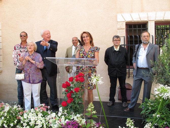 LES GRANDS PEINTRES DE CASSIS AU MUSEE.  29 Juin 2013 . g. à dte.  F. SOULAYROL, Michèle DUMON,  J.C GAUDIN, J.C CAYOL, Daniéle MILON, J.F. CHOUQUET, P. MURAT.