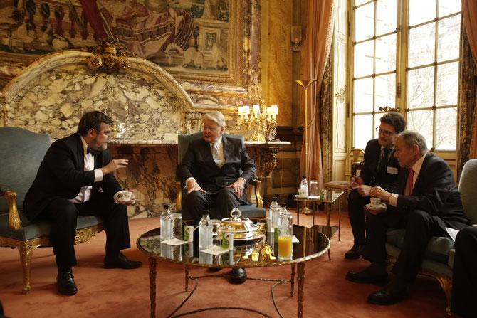 26 FEVRIER 2013. RENCONTRE AVEC M. PIERRE-ANTOINE GAILLY, PT. DE LA CHAMBRE DE COMMERCE à  PARIS et  MICHEL ROCARD AMBASSADEUR EN CHARGE DES NEGOCIATIONS POUR LE POLE ARCTIQUE  et ANTARCTIQUE