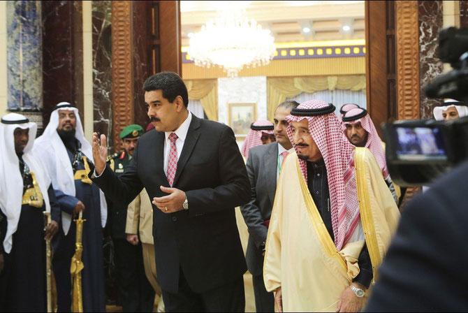 AVEC LE PRESIDENT NICOLAS MADURO DU VENEZUELA.