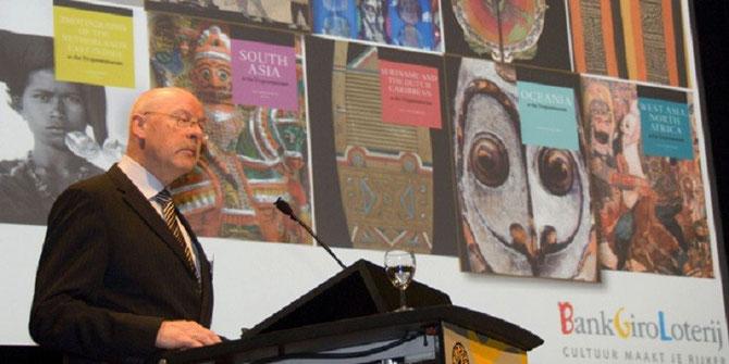 LEJO SCHENK DIRECTEUR du Tropenmuseum  de 2000 à 2012.       17 MARS 2011 SYMPOSIUM COLONIAL NOSTALGIA.