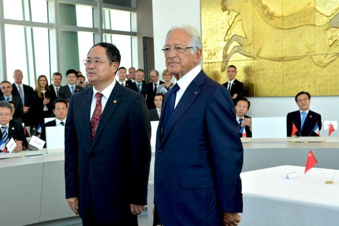 Mercredi 1er Juillet 2015. JOUR HISTORIQUE. LE PERE FONDATEUR JACQUES SAADE accueille le PREMIER MINISTRE CHINOIS  LI Keqiang au siège de la CMA-CGM